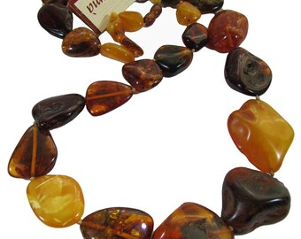 Necklace of irregular elements in Baltic amber