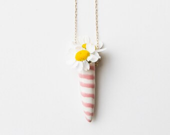 Pink and while fresh flower ceramic vase necklace