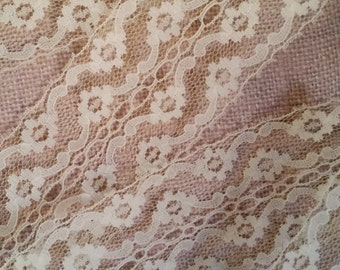"""3 Yds Vintage Floral Pale Yellow Eggshell Floral Netted Lace   Wide   2 3/4""""   Yardage"""