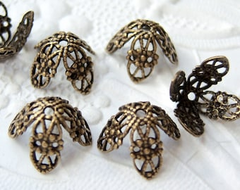 6 - Antiqued brass 7mm filigree bead caps - BZ198