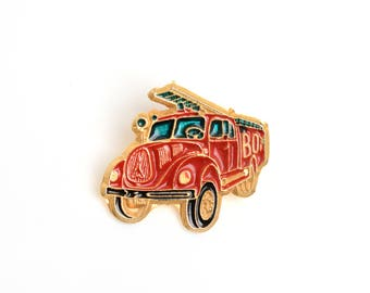 Enamel pin,firetruck,lapel pin, backpack pin, pin collector, fire enamel pin,golden enamel badge, soft enamel pin,emergencies,enamel badge