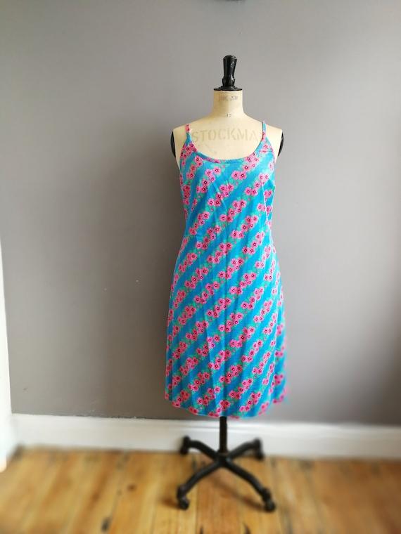 90s strappy sun dress / blue dresspink flowers / 90s hippie summer dress / strappy sun dress / 90s retro summer dress / florals /