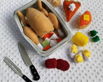 Play Food , Felt Food , Holiday Dinner Play Set , Thanksgiving Meal with all the Fixings , Sold as INDIVIDUAL PIECES