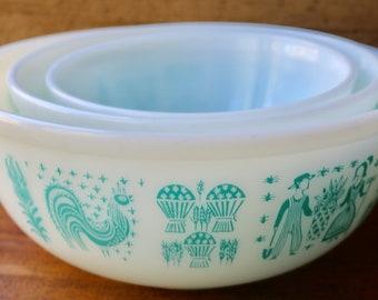 Pyrex Butterprint Turquoise Mixing Bowl 3 Piece Set/Pyrex Amish Turquoise/ Mixing Bowls 404,403,402/ 4 Quart, 2.5 Quart, 1.5 Quart