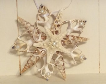 Shell Ornament with starfish and pearls