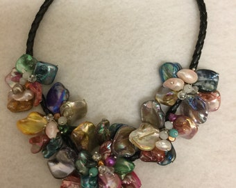Multi-color Seashell Necklace with Magnetic Clasp