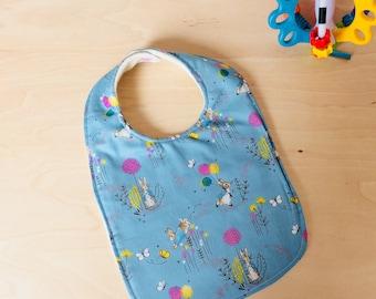 Peter Rabbit bunny bib/ blue peter rabbit bib: feeding bib/ baby shower gift/ handmade baby gift