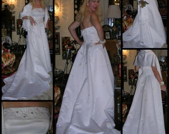 vintage 1990s white satin crystal and pearl embellished beautiful duchess satin wedding dress & matching shawl by Lu Elle (m/in Oz) size: 10