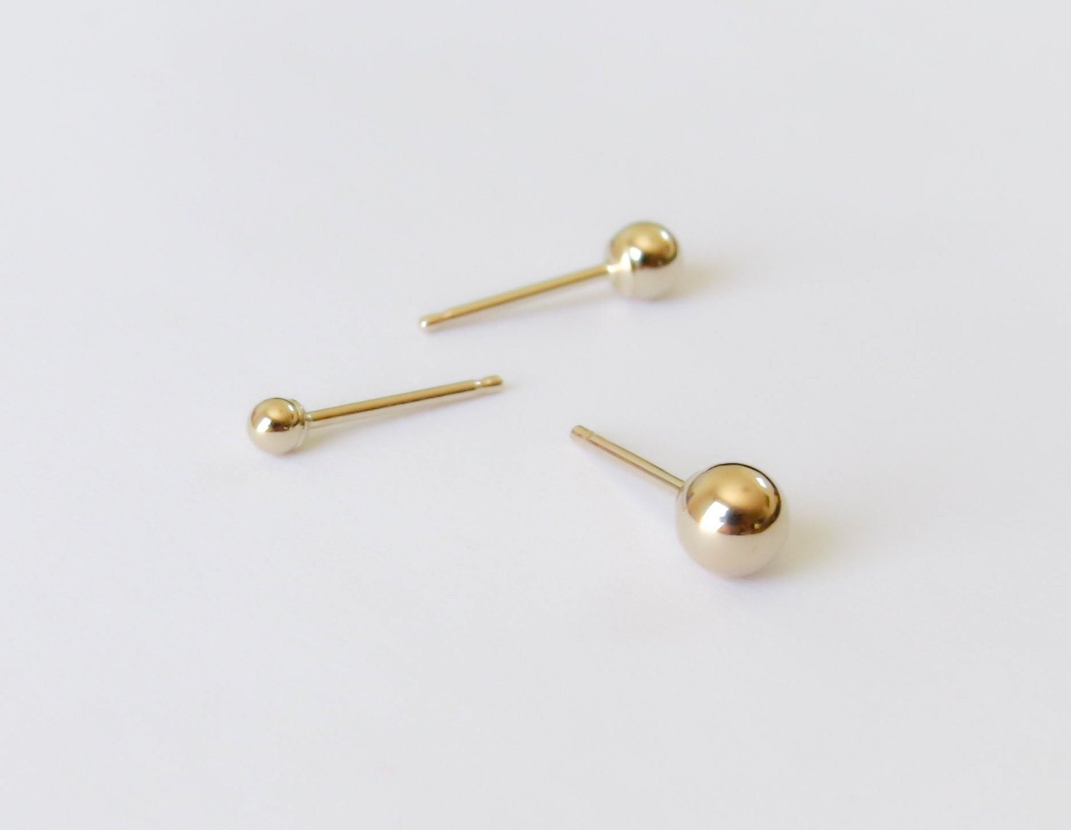 simple o gold stud design fashion ring earrings