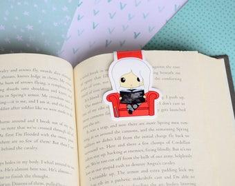 Large magnetic bookmark - Celaena Reading