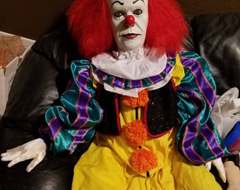 PENNYWISE IT CLOWN Puppet Doll