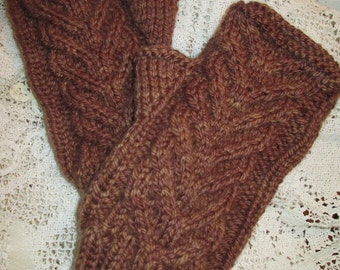 WHOSE WHO'S Cabled Mitts in pdf