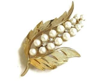 Faux Pearl & Rhinestones Leaf Brooch Vintage