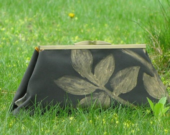 Clutch Purse Olive with Gold Leaf Silhouette