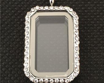 Heritage Floating Glass Locket - Living Floating Locket Silver Tone With Rhinestones