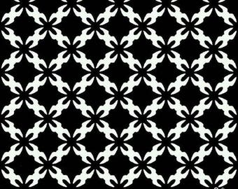 black and white patchwork fabric Daisy splash Andover fabric.