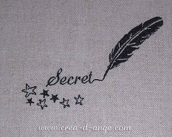 """Fabric embroidered personalized """"Secret alcôve"""" pattern"""
