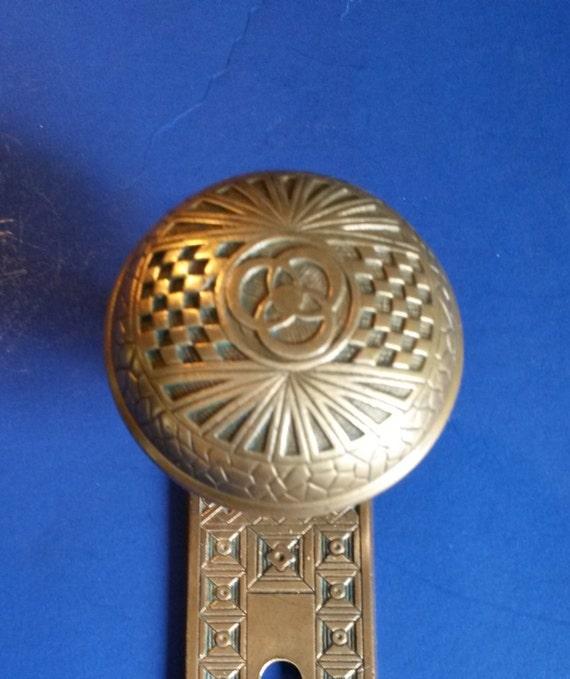 Antique Door Knob Set, Borromean (Trinity) Rings Pattern Eastlake Style  Cast Bronze And Plate (Mallory Wheeler, Ca 1885) From EastlakeHardware On  Etsy ...