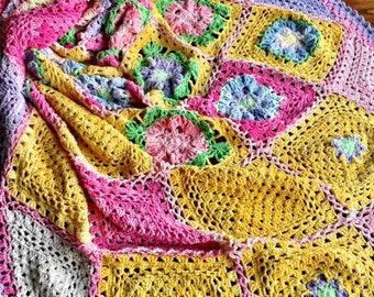 Crochet blanket Pattern/CypressTextiles/Spring Flatlay Blanket/modern traditional motif texture circle unique throw tutorial