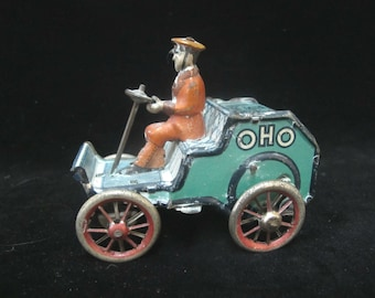 Marke LEHMANN German 1920' OHO Tin Mechanical CAR with Driver Wind-up Toy