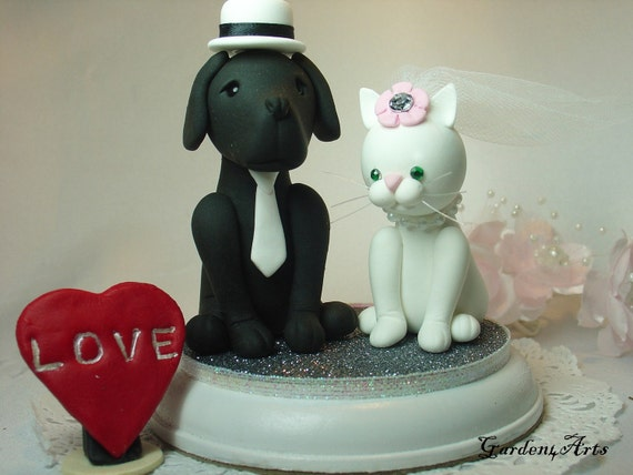 custom wedding cake toppers with dogs custom wedding cake topperdog amp cat with circle clear 13262