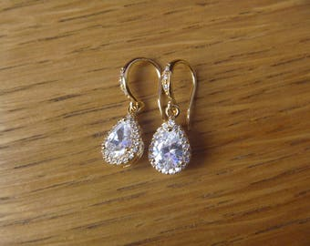 Crystal diamond earrings gold