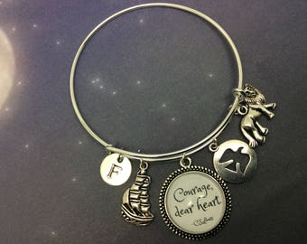 Courage dear heart Quote Charm Bangle, C S Lewis, Chronicles of Narnia, The Voyage of the Dawn Treader, Literary Gift, Lucy, Aslan,