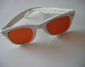 White Wayfarer style Rx sunglasses by SRO.  Outstanding vintage glasses