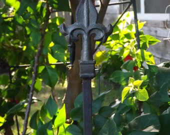 Metal Garden Stakes 2 Decorative Hand Painted Plant Stakes