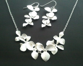 Orchid Necklace, Orchid Flower Necklace, Statement, Strand, Bib Necklace, Personalized bridesmaids gifts bridal gift wedding jewelry