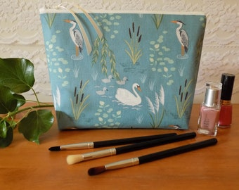 Swan & Heron Toiletries Toiletry Bag For Women, Ladies' Wash Travel Bag, Large Make Up Cosmetics Case, Cotton Fabric, Waterproof Lining