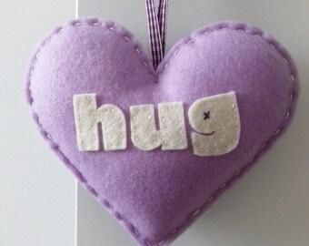 Aime faire un câlin - lilas amour coeur décoration
