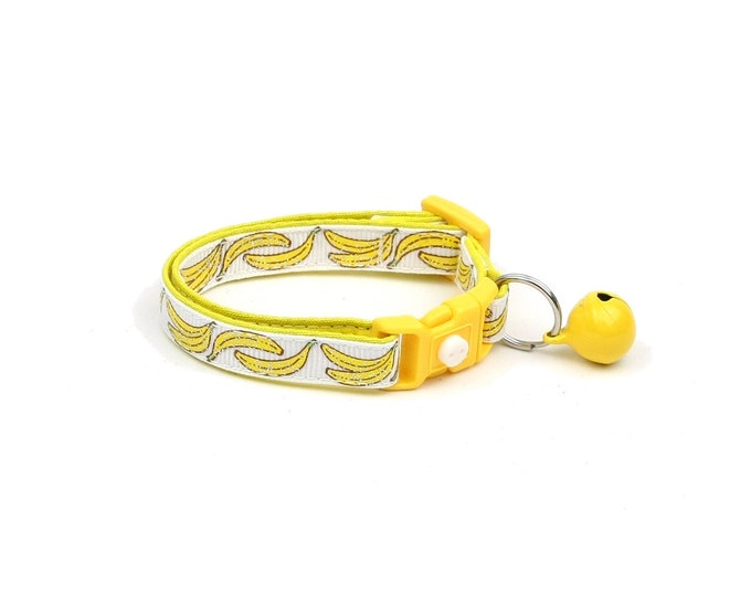 Fruit Cat Collar - Bananas on White - Small Cat / Kitten Size or Large Size