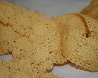 Vintage Buttery Yellow Trim