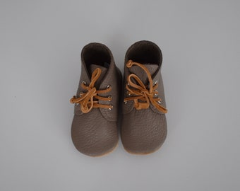 SALE - desert boot / soft sole shoes / moth