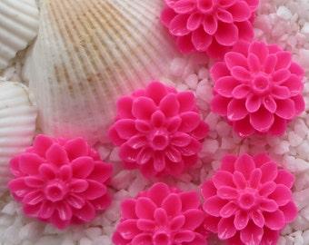 Resin Mum Flower Cabochon  - 16mm -  20 pcs - Hot Pink