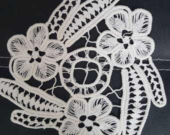 Small Romanian Point Lace ,Handmade Crochet Doily,Floral,Vintage