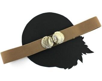 Vintage Gold Seashell Buckle on Tan Elastic Belt