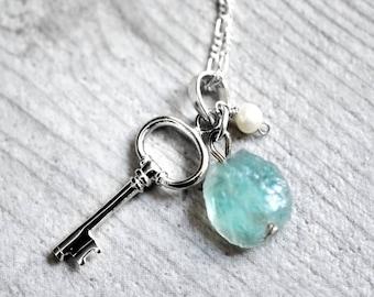"""925 Necklace """"Key, Aquamarine & freshwater Pearl"""" (K925-110)"""