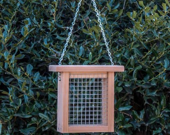 Hanging suet box