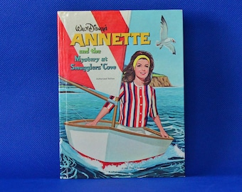 Annette and The Mystery At Smuggler's Cove by Doris Schroeder - Illustrated by Nathalee Mode - Vintage Recipe Book c. 1963