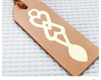 Tag Lledr Llwy garu //  Welsh Love spoon Vegetable Tanned Leather tag.