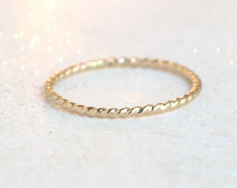 SOLID 14k gold twist ring. wedding ring. wedding band. stackable gold ring. stacking ring. minimalist gold ring. thin rope ring. womens ring