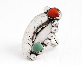 Sale - Vintage Coral Ring - Sterling Silver Green Turquoise - Size 7 1/4 Retro 1960s Native American Tribal Southwestern Stud Leaf Jewelry
