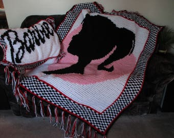 NEW! gift idea NEWLY made crochet barbie doll heavy afghan/throw &pillow cover set red black whiteand pinknice gift set