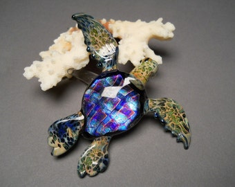 Swimming glass sculptured Sea Turtle with Dichroic Pattern Shell.