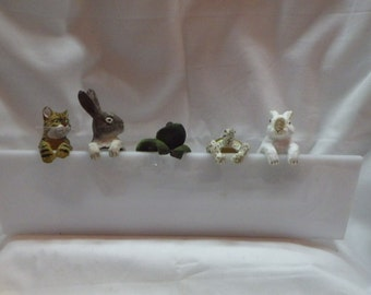 Tiny Animals Hanging Around..Choose Orange kitty..Grey Bunny..Frog..Turtle..White Bunny