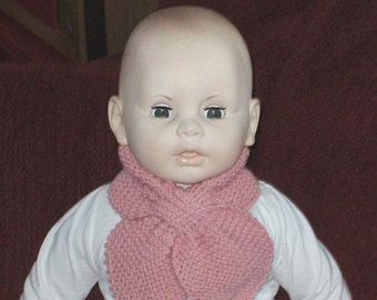 Hand knit scarf for toddler or child in 100 % pink wool