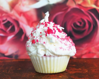 LOVE CUPCAKE, be my valentine boyfriend, girlfriend, cupcake candle, soy wax candle fragrance, marraige, babyshower muffin, kuchen süß kawai