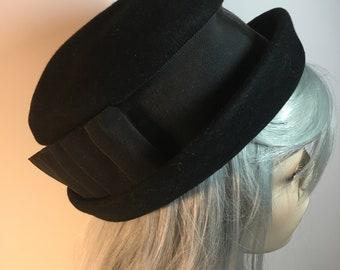 Vintage Vogue San Antonio Black Wool Felt Rolled Edge Wide Brim Derby Bowler Hat